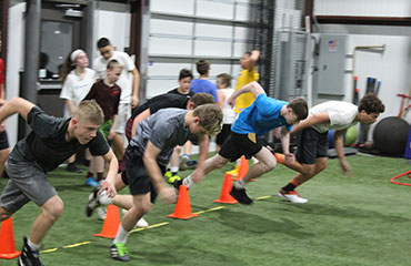 Advanced Speed and Agility 2.0 Group Training Class for Middle School Athletes in Kansas City Missouri looking for sports performance training both boys and girls.